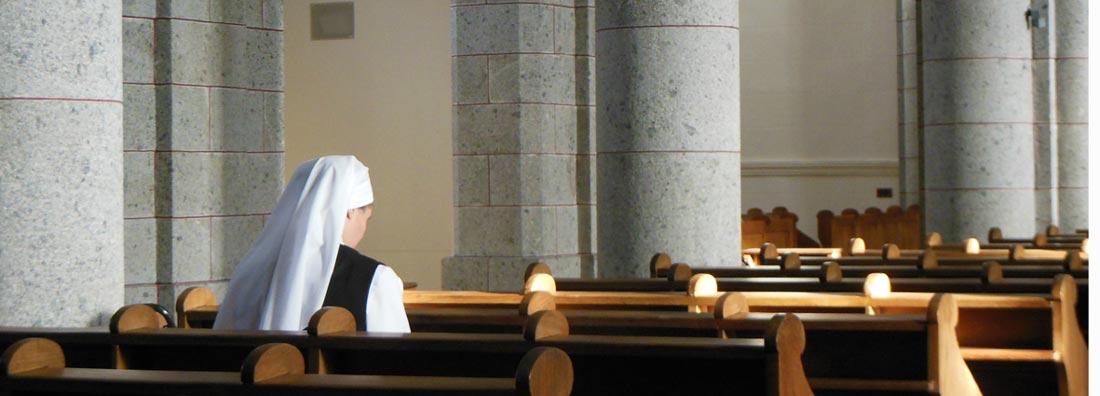 novice en prière